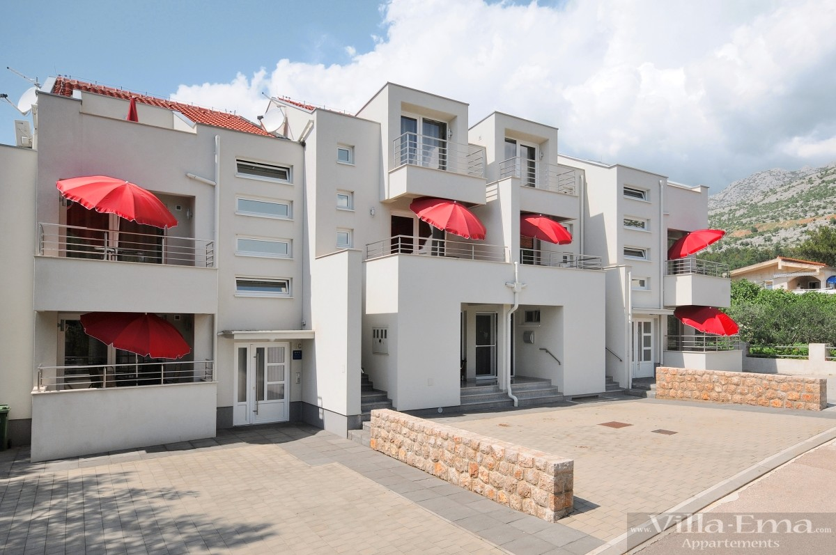 Villa Ema Apartments